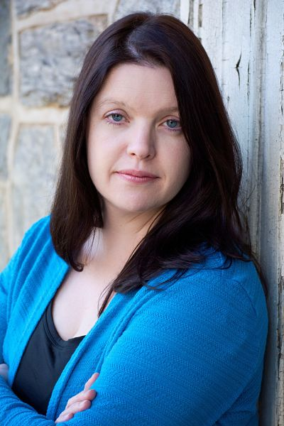 Lisa Regan - Author Photo